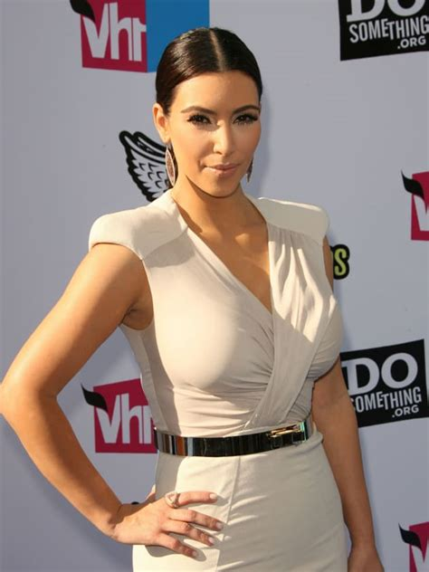 the kardashians gossip the kim kardashian pose the hollywood gossip