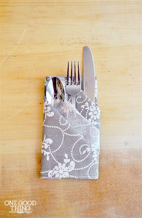 Ways To Fold Paper Napkins With Silverware - 16 ways to fold napkins tip junkie