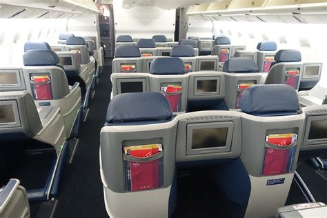 delta airlines business class seat configuration delta 767 business class in 10 pictures one mile at a time