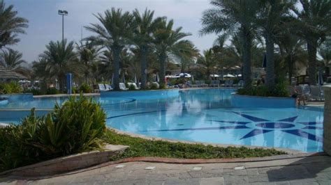 corniche residence abu dhabi hotel corniche residence in abu dhabi