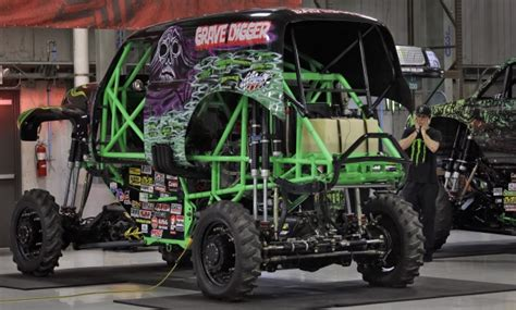 grave digger truck schedule grave digger driver hurt in crash at truck rally