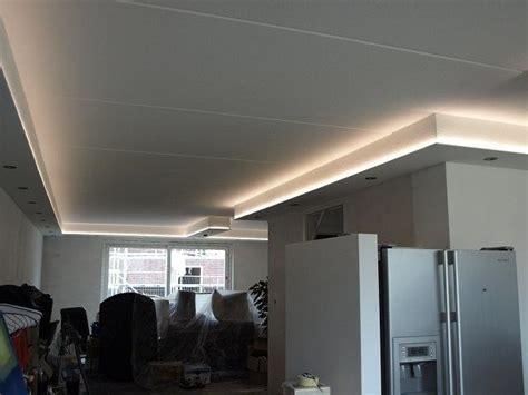 koof in woonkamer woonkamer verlichting plafond maken van koof met spotjes