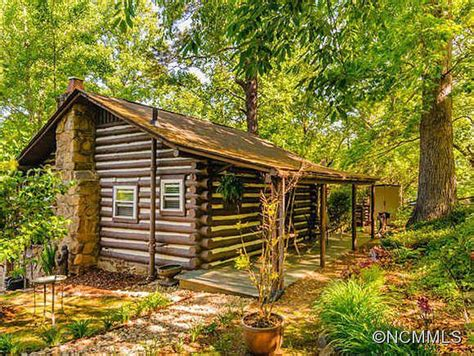 Log Cabin For Sale Carolina by For Sale Tiny Homes For Those Looking To Downsize