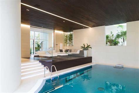 piscine d int 233 rieur le luxe ultime en 10 photos