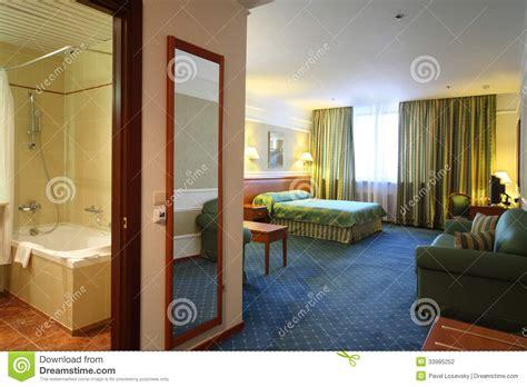 web s al bagno porta aperta al bagno ed alla da letto lussuosa