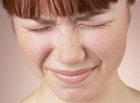 dolore occhio destro interno dolore tanta salute