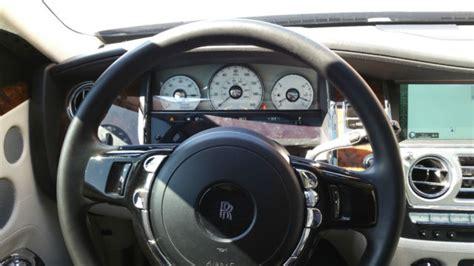 how cars run 2012 rolls royce ghost interior lighting 2012 rolls royce ghost diamond black with silver satin bonnet seashell interior