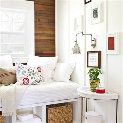 how to decorate small spaces how to redo a small bedroom decorating ideas tip junkie