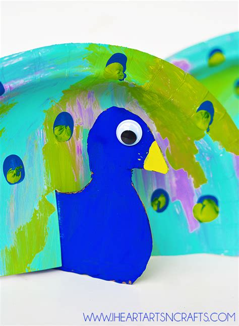 Peacock Paper Plate Craft - paper plate fingerprint peacock craft i arts