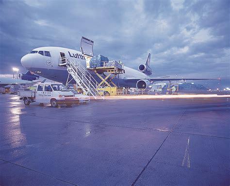 Bewerbung Lufthansa Bild lufthansa cargo neue reflektionsfolie als sonnenschutz
