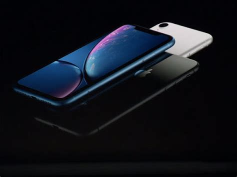 iphone xs price in india apple iphone xs at rs 99k xs max at 1 09 900 to be available month