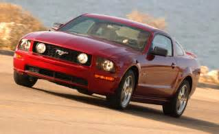 2005 Ford Mustang Coupe Car And Driver