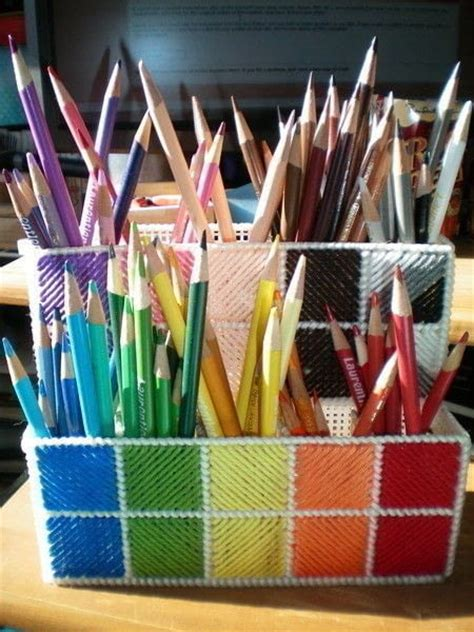 plastic canvas pencil crayon holder  pot needlepoint