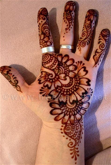 henna style tattoo tumblr henna on palm gt gt http amykinz97 gt gt www
