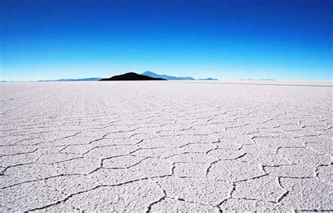 turismo salar de uyuni salar de uyuni el desierto de sal m 225 s alto del mundo