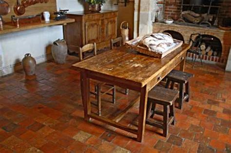 Rustic Country Kitchen Table Beautiful Rustic Kitchens On Rustic Dining Room Tables Country Kitchen Designs And
