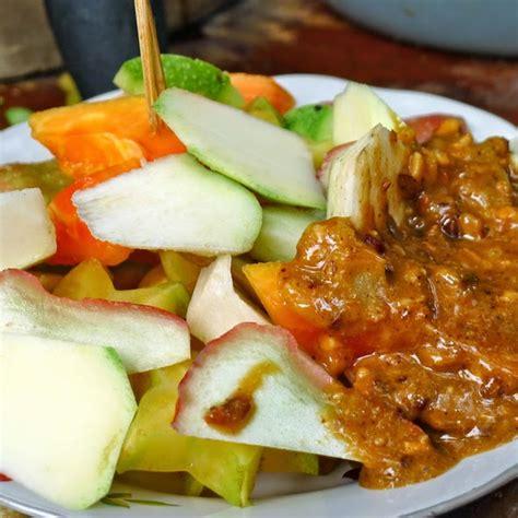cara membuat manisan rujak mangga resep cara membuat rujak buah segar sambal ulek resep