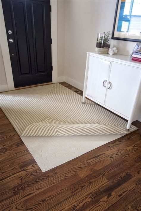 Entryway Rugs For Hardwood Floors by Entryway Rugs For Hardwood Floors Type Stabbedinback