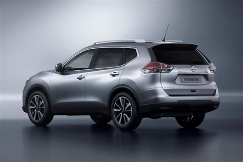 compact nissan new nissan rogue x trail compact suv pictures and details
