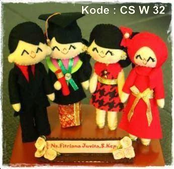 Boneka Orang Wisuda kado wisuda hadiah animasi unik boneka jual flanel