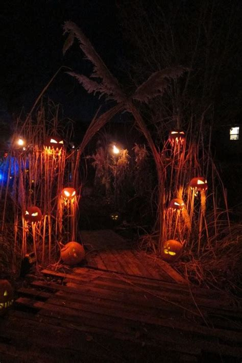 11 Awesome House Decors For Halloween ? Top Easy Design