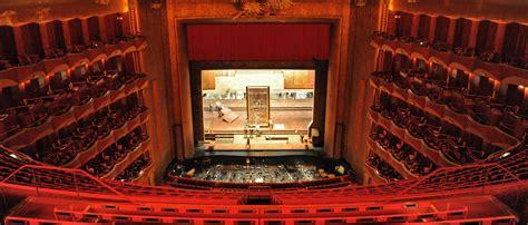 met opera  union groups reach ground breaking agreement