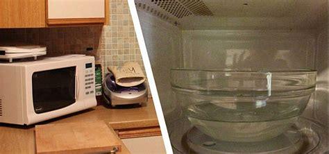 Mikrowelle Reinigen Essig by Mikrowelle Reinigen Mit Hausmitteln Das Musst Du Beachten