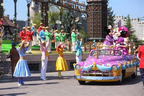 package holidays coach trips to disneyland from scotland 2018