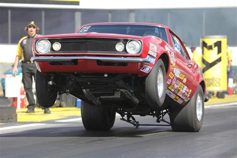 winter nationals gallery wheels up at the 2017 nhra winter nationals hot