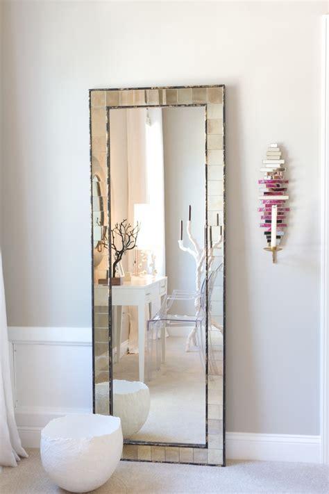 bedroom mirror decorating ideas