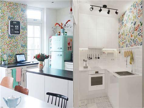 decorar pared de cocina decoraci 243 n de cocinas con papel pintado