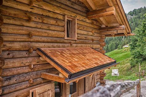costruzione tettoie in legno costruzioni in legno carpenteria in legno sopraelevazioni
