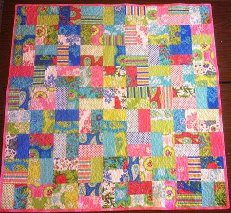 Simple Modern Quilt by Modern Quilt Musings And Quiltcon Christa Quilts