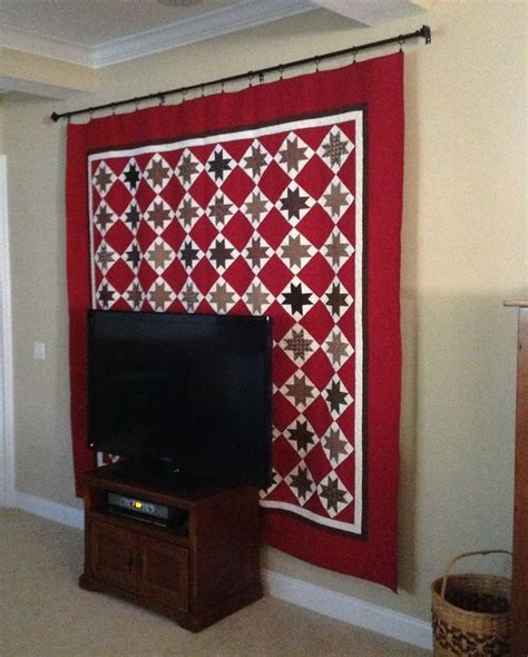 Quilt Display Hanger by 25 Best Ideas About Quilt Hangers On Quilt Display Hanging Quilts And Quilted Wall
