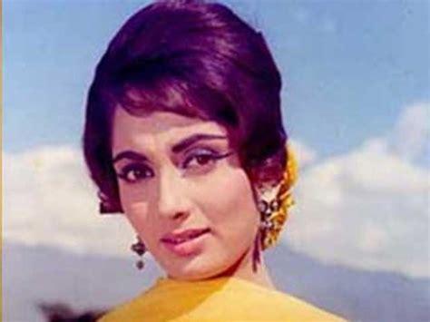 biography of hindi film actress sadhana actress sadhana stable after undergoing surgery doctors