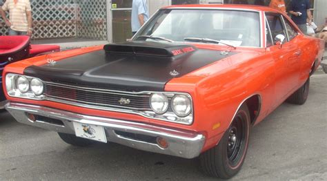 plymouth superbee dodge bee