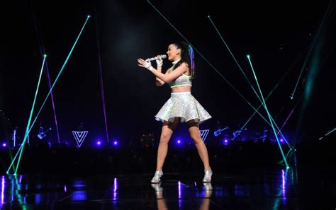katy perry performs live at the prismatic world tour 09 katy perry performs live at the prismatic world tour 03