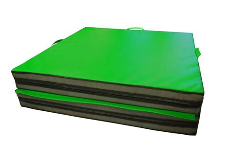 Ak Mats by Throw Mats Ideal For Martial Arts And Stunt 4 X 8 X 6 Quot Ak Athletic Equipment