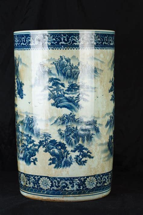 blue and white nanking porcelain umbrella stand