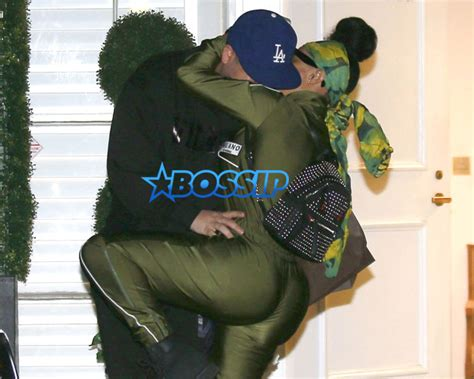 blac chyna embraces rob kardashian outside cosmetic laser