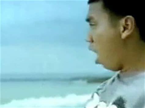tutorial gitar ran pandangan pertama kapanlagi com video klip ran dekat di hati musik