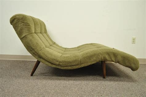 vintage wave chaise lounge midcentury modern wide wave chaise lounge in the