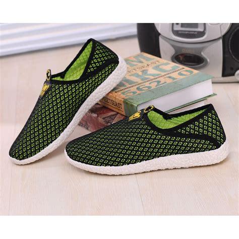 Sepatu Pria Sepatu Casual Santai Adidas Slip On Abu sepatu slip on mesh pria size 43 black green jakartanotebook
