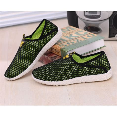 Sepatu Mesh sepatu slip on mesh pria size 42 black green