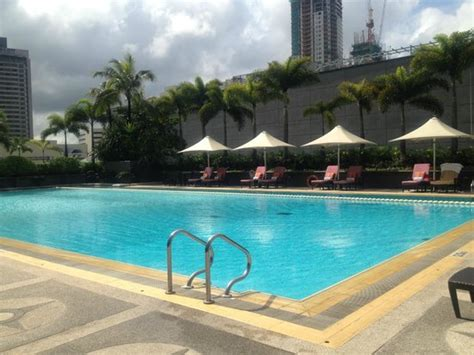 Backyard Pools La Times Swimming Pool Picture Of Makati Shangri La Manila