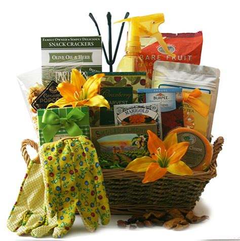 Gardening Present Ideas Garden Gift Ideas For S Day Balcony Garden Web