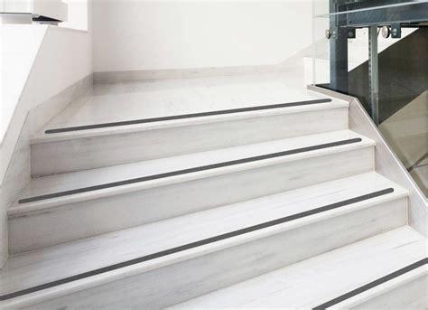 anti rutsch treppe anti rutsch streifen 3cm gummiert anthrazit schwarz