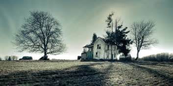 real haunted houses 38 real haunted houses and the stories behind them