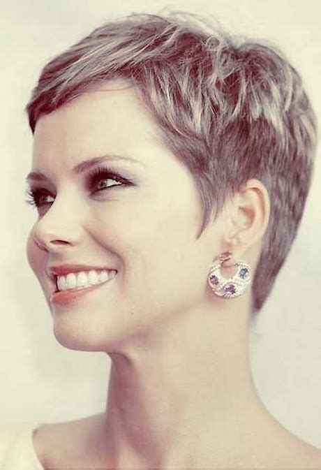 Short Trendy For Women Over 40 2015 | stylish short haircuts for women 2015