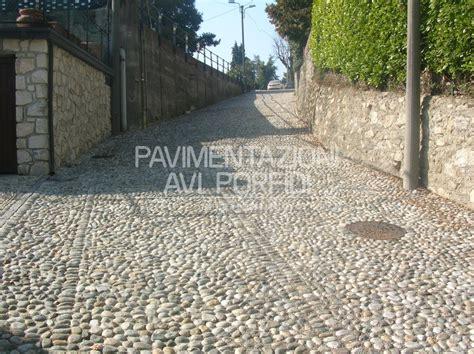 ghiaia per pavimentazioni esterne prezzo pavimentazione in ciottoli tavolo consolle